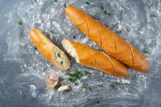 Багет французский мини с чесночным соусом